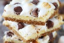 Everything S'mores / Delicious marshmallow and chocolate desserts that leave me swooning.