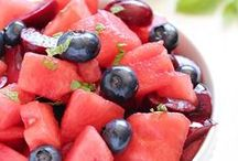 BEST Picnic Food Recipes on Pinterest / All about picnics. Picnic food --- ideas ---inspiration --- fun