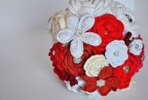 Event: Weddings / Celebrating weddings with decor, bouquets, tablesettings, styling, gifts, cakes and clothing.