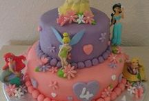 Cake ideas / by Nicole Lundell