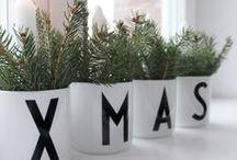 Kerstmis ♥ Moodkids / Ideeën om zelf of samen met je kinderen te knutselen voor kerst. Lekkere hapjes voor in de lunchtrommel, voor het kerstdiner op school of thuis. Maak je eigen kerstkaarten en maak je huis gezellig met onze kerstdecoraties. Meer leuke ideeën vind je ook in ons online magazine: http://www.moodkids.nl/kerst | Christmas diy with kids, how to wrap a present, decorate your home or christmas table. / by MoodKids