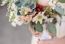Flower Arrangements & Centerpieces