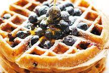 Pancakes & Waffles / P a n c a k e s • W a f f l e s