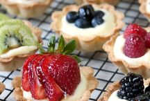 Sweet Temptations / Dessert and treat recipes...and all kinds of sweet temptations!