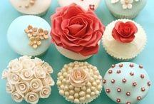 Cupcakes! / by Hailey Peerenboom