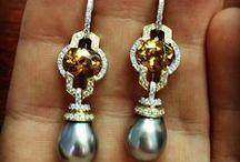 Outstanding Oranges / #fredericsage #orange #gemstone #jewelry