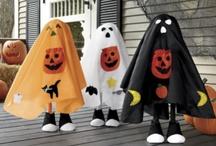 Halloween Crafts/Decor / by Angela Chadwick