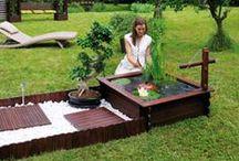 Décoration du jardin / Aujourd'hui au jardin, la tendance est aux objets déco et colorés. OOGarden a sélectionné pour vous des accessoires de décoration liant le pratique à l'esthétique !
