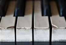 MUSICA to feed the soul   / by Carolyn Machado