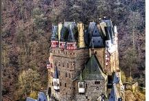 Castles / ♖ ♖ ♖ ♜♜♜ ♖ ♖ ♖