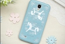 Female: Galaxy S4 Cases & Covers | MiniSuit
