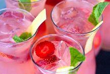 Drinks / by Charlotte Chumlea Giordano