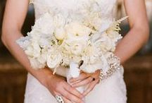 {Bouquets} White / floral wedding inspiration