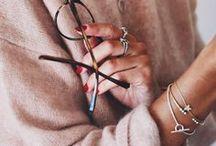Jewellery: Bracelets