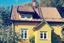 My House / The only way to paint a house. Yellow.