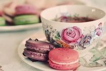 I'll take my Tea with Roses / I love Vintage Tea Cups.