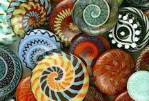 Beads, beads, beads / The Art of Lampwork Glass Beads.