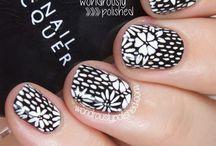 Nails / Nails | Polish | Glitter | Dark | Goth | Vamp | Art | Metallic | Pattern | Stamping | Design | Manicure | Pedicure | Trends | Varnish | Matte | Designs | Studded / by Dazy Graves
