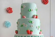 Dainty Cakes / too pretty to eat