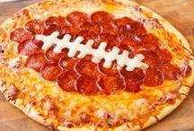 Savvy Tailgates / Some say the best part of football season is the time spent with friends and family, tailgating and eating yummy food. Here are some great looking tailgating recipes and ideas to get you in the team spirit!