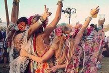 BrandAlley ♥ Look festival / Plutôt Rock, Boho ou Electro ? Découvrez les tenues incontournables à adopter pour les festivals, repérées aux quatre coins du Monde !