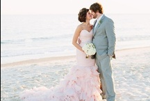 Wedding Ideas / by Mackenzie Hardman