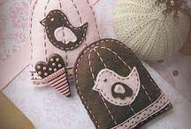 Knitting & Sewing / by Débora González