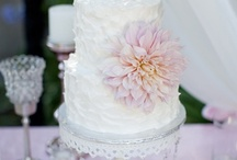 Ventura County Wedding Cakes / Find the best of the best cake and cupcakes in Ventura County