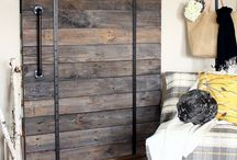 Build - Barn Doors / Barn doors are one of my favorite things!! I'm looking for one for my sunroom/kitchen connection, but you never know what we will find! . It sure is fun looking....
