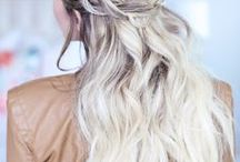 // Hairstyles + Braids / The best collection of gorgeous hairstyles, braids and tutorials!