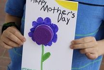 Mother's Day Ideas for Kids / Creative activities and craft for kids to celebrate Mother's Day.