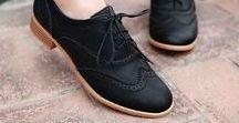 Woman's Lace Up Shoes