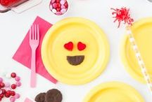 DIY + Crafts / Ideas for easy DIY & Crafts to make with the kids. Includes: Paper Plate Crafts, DIY Playdough, DIY Slime, Holiday Party Decorations, Birthday Party Activities, Craft Ideas for Kids, Easy Paper Crafts, Summer Craft Ideas