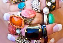 Inspiration:Rings ♥ / Moda Y Accesorios / by Calipso Indumentaria
