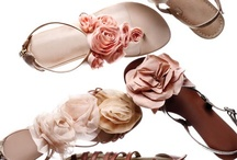 Beautiful Accessories / Like icing on a cupcake, accessories make an outfit complete. / by Angela Hsu