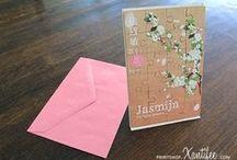 Geboortekaartje Jasmijn - bloemen - Xantifee collectie / Doopsuikerinspiratie voor een Aziatisch geboortekaartje met een jasmijn bloemen uit de Xantifee collectie. Kan met of zonder puzzel: http://www.shop.xantifee.com/geboortekaartjes/jasmijn-puzzel-geboortekaartje/