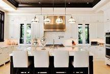 Home & Interiors / by Cheryl Thomas