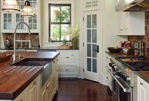 Kitchen / by Hannah Kloskey