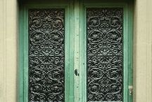 doors/architecture / by Megan O'Polka