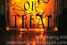 Halloween / by Emily Ayers