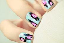 Nails / by Stephanie Hermus