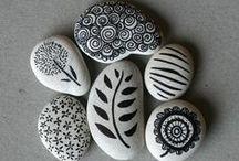 stone rocking >>