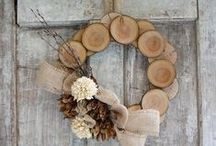 DIY Winter Crafts / The snow is falling outside and old man winter has arrived. It's a perfect time to be inside and getting creative with holiday cookies and winter decorations to keep cozy in these long winter nights.
