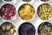 Tea time / Herbal tea, teapot, tea, leaves, herbs, detox, hot drinks, healthy teas, tea drinking ritual, green tea, mint tea, tatami tea