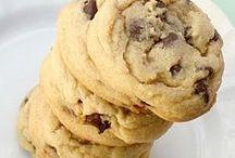 Cookies / by Jenna Ballmer