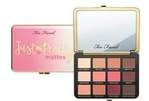 Too Faced Peaches and Cream / We've created a Too Faced Peaches & Cream Exclusive Comfort Matte Collection that revolutionizes makeup and is the modern way to wear matte. Infused with the essence of peach and sweet fig cream, Too Faced Peaches and Cream works to give you that smooth flawless finish, with velvety soft, comfortable wear that smells and feels like a peaches & cream dream. Step into the world of luxurious, ethereal sweet and juicy color, with a matte formula that is out of this world.