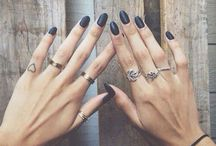 nails / by Zoe Mann