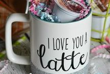 CRAFTS - Project Ideas / Creative inspiration for simple and easy craft projects, home decor ideas, and more!
