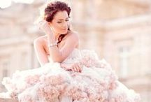 love to marry in / fairytale wedding dresses.