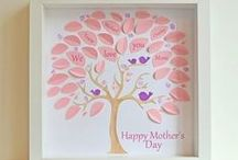 HOLIDAY - Mother's Day / Celebrate Mom with creative inspiration for Mother's Day gifts, cards for Mom, crafts, decorations, free printables and more!